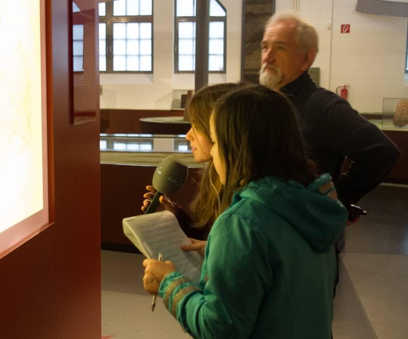 Alina und Xenia mit Michael Steinert